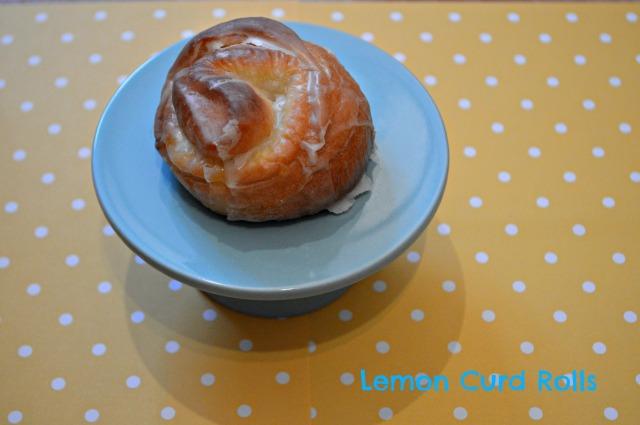 Lemon curd rolls 1